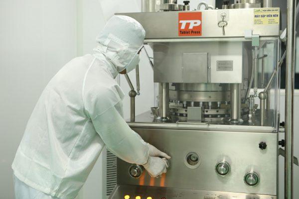 Gia công thực phẩm chức năng dạng viên nén: Quy trình, điều kiện, tiêu chuẩn